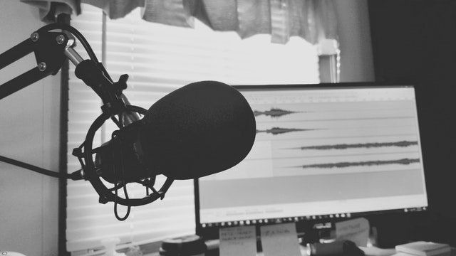 Using Podcast Transcripts to Your Advantage